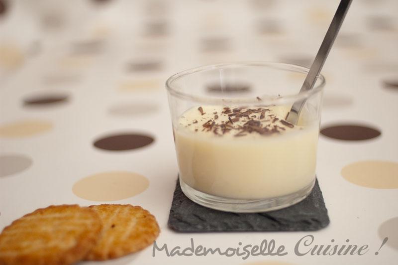 mousse au chocolat blanc recette de cuisine mademoiselle cuisine recettes astuces actu. Black Bedroom Furniture Sets. Home Design Ideas