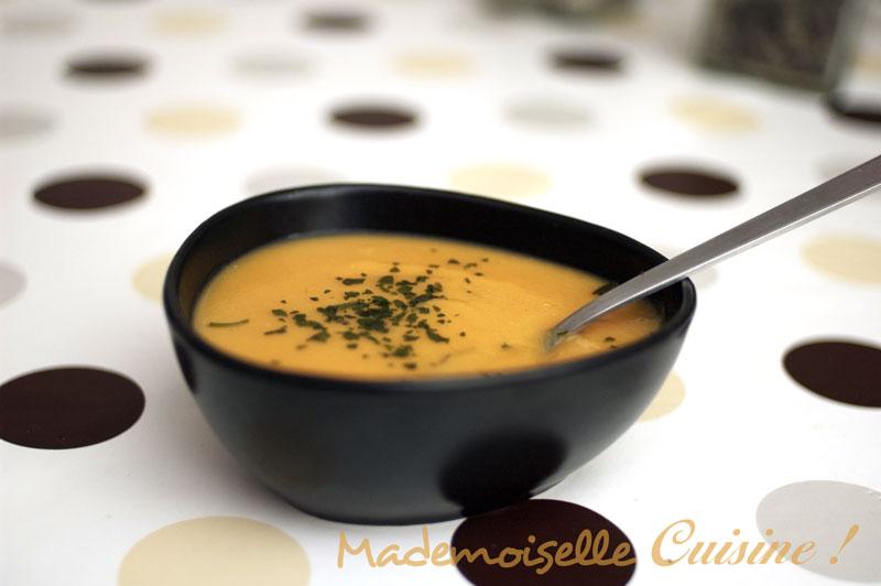 soupe de lentilles corail et carottes recette de cuisine mademoiselle cuisine recettes. Black Bedroom Furniture Sets. Home Design Ideas