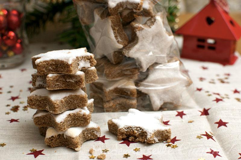 Biscuits Etoiles A La Cannelle Zimtstern Recette Pas A Pas